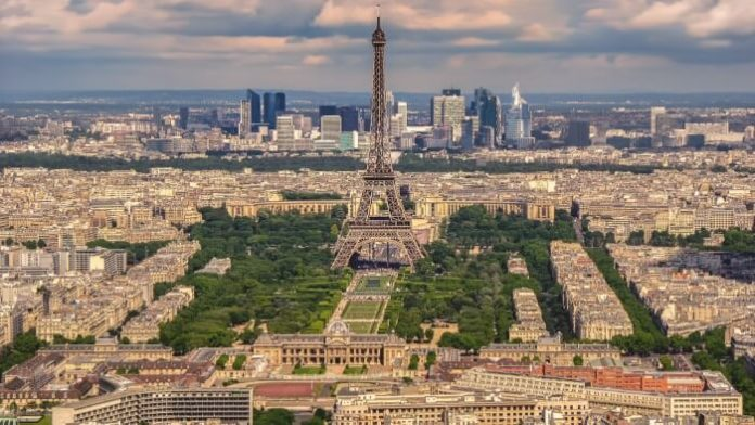 Roundtrip flights as low as $375 from Boston to Paris on Air France
