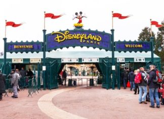 Save money on family travel with cheap Disney Paris tickets