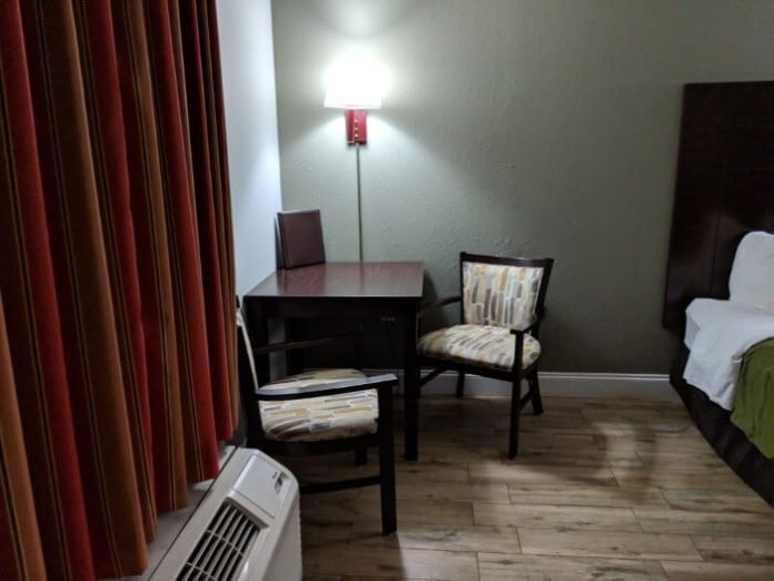 Save money eating at your hotel with tables at St. Augustine Quality Inn