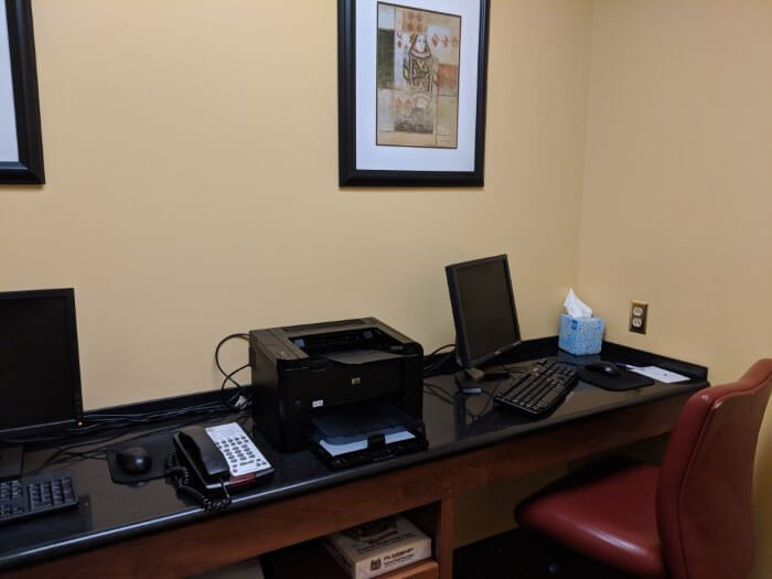 Mardi Gras casino resort has computers printer available for guests