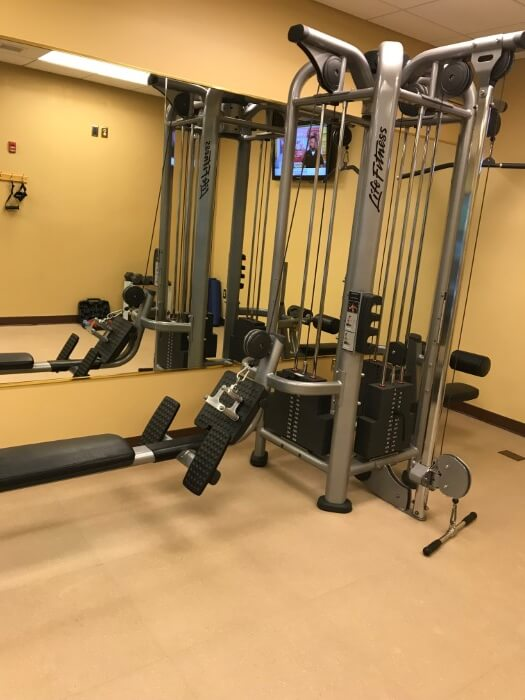 Charleston West Virginia resort with workout room fitness center