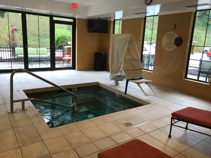 Relax in the jacuzzi at Mardi Gras Casino & Resort WV