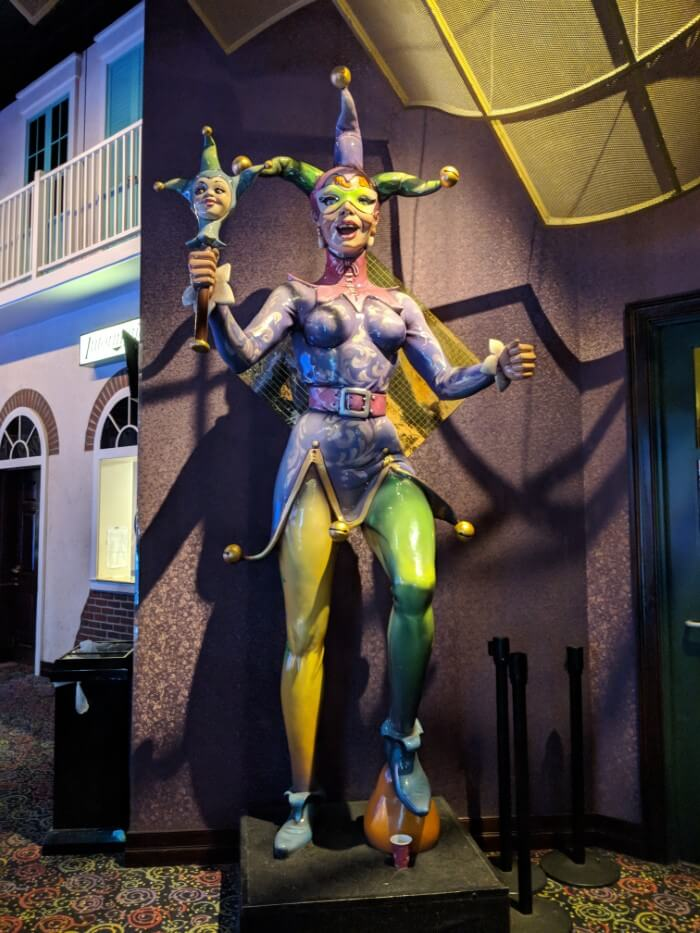 Casino has New Orleans Mardi Gras theme at West Virginia luxury hotel