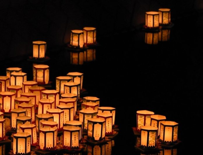 How to save money on admission to 1000 Water Lantern Festival in Tempe AZ