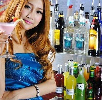 Save money on DC tippler enjoy signature cocktails at top Washington bars