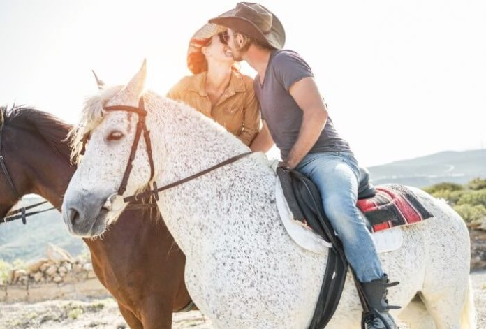 Save on Valentine's Day Horseback Riding in Los Angeles California