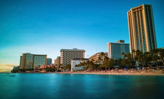 Discounted flights from San Francisco to Waikiki hotel stay deal
