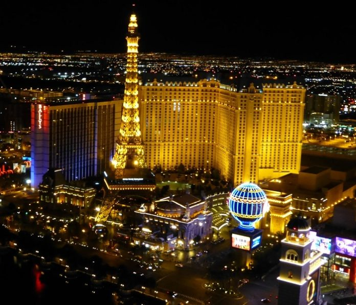 Save money on Las Vegas vacation by combining hotel with airfare from Cincinnati
