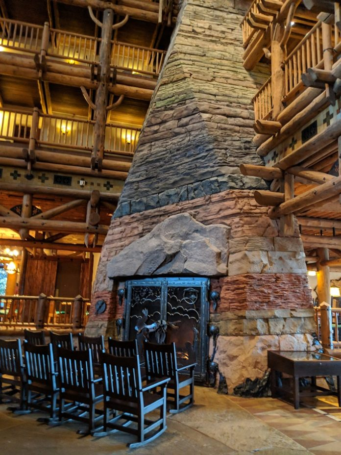 How to save money at Wilderness Lodge at Walt Disney World Resort in Florida