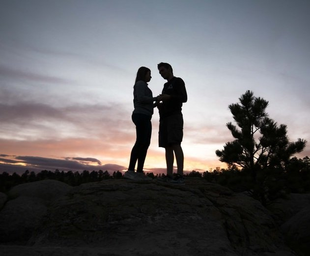 Montana romantic getaways in Yellowstone, Great Falls, Kalispell, etc.