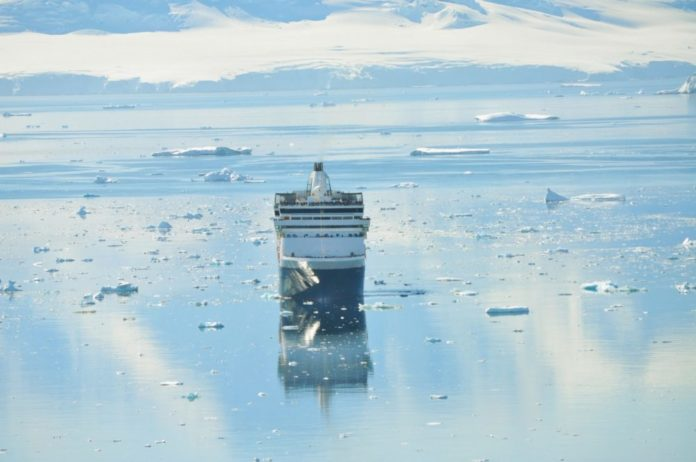 Cruise the Antartic Peninsula on a South American Princess Cruise vacation