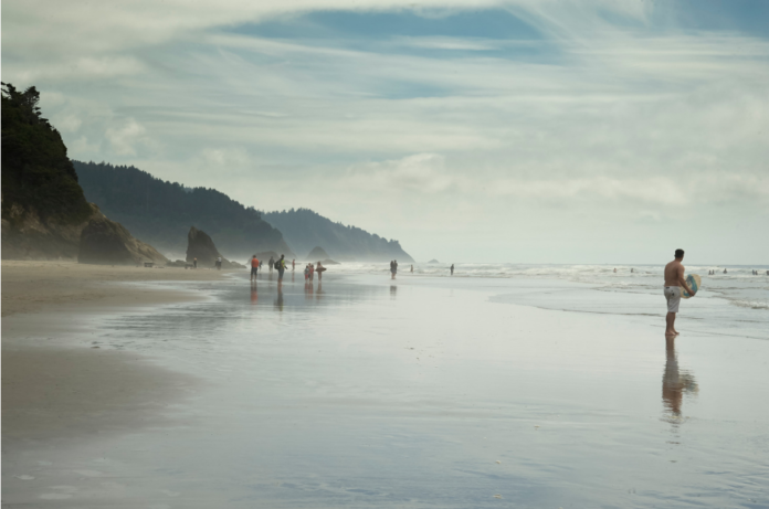 Where to stay in Clatsop Spit Oregon for a luxury beach vacation