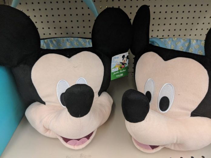 How to buy Disney themed Easter baskets. Find Easter baskets themed to Mickey, Minnie, Frozen, Cars, Star Wars, Avengers, etc.