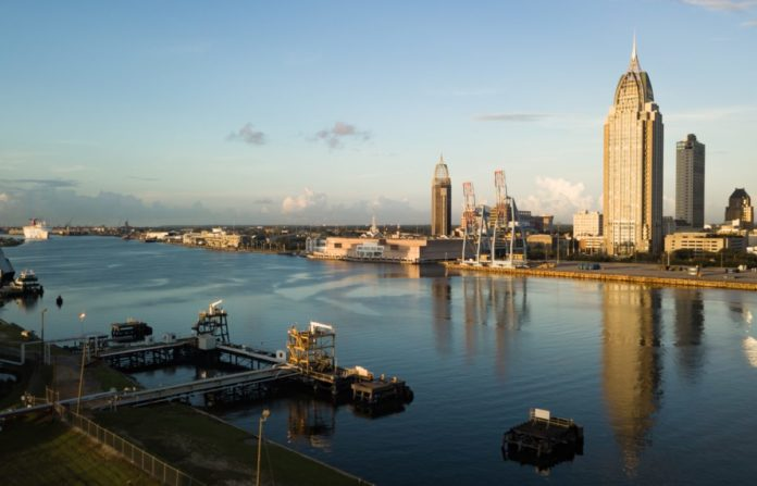 Save money on cruises out of Mobile Alabama