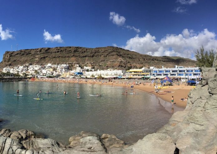 Where to stay in Puerto de Mogan for a beach holiday