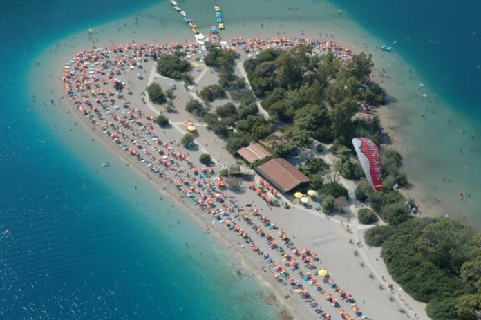 Discounted nightly rates on hotels in Fetiye Oludeniz Turkey. Perfect for a beach holiday