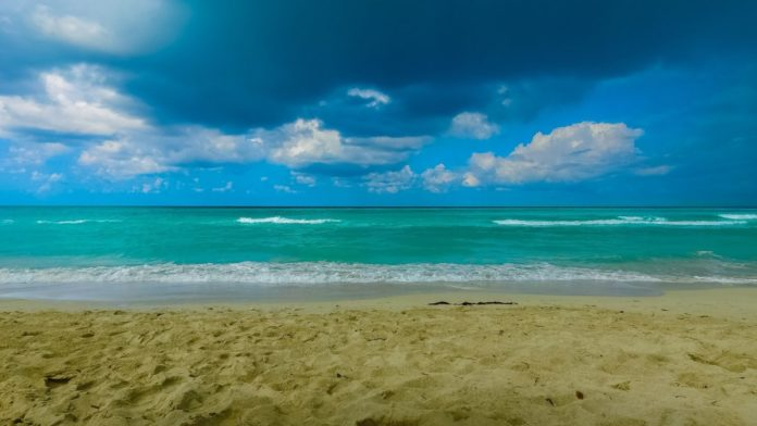 Discounted prices for luxury resorts in Cuba & Aruba