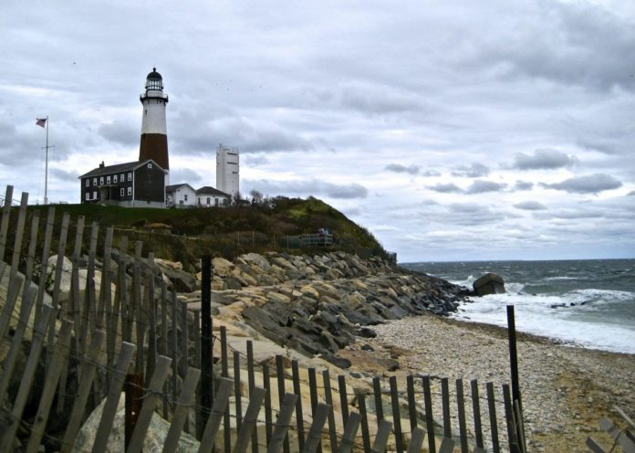 How to find the lowest rates for the Montauk New York luxury hotels with the best customer reviews