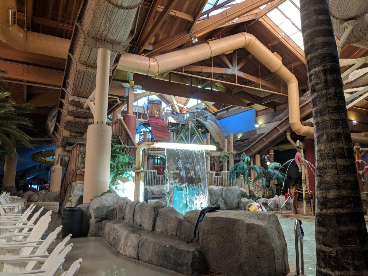 Enjoy a water park & other great amenities at Castaway Bay Resort a Cedar Point hotel