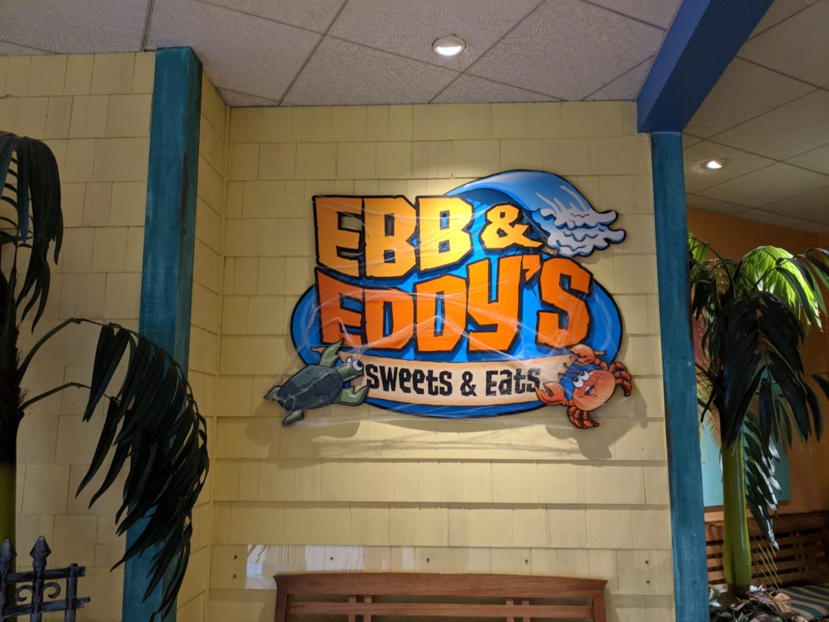 Ebb & Eddy's offers casual quick service dining at Castaway Bay Resort in Sandusky Ohio