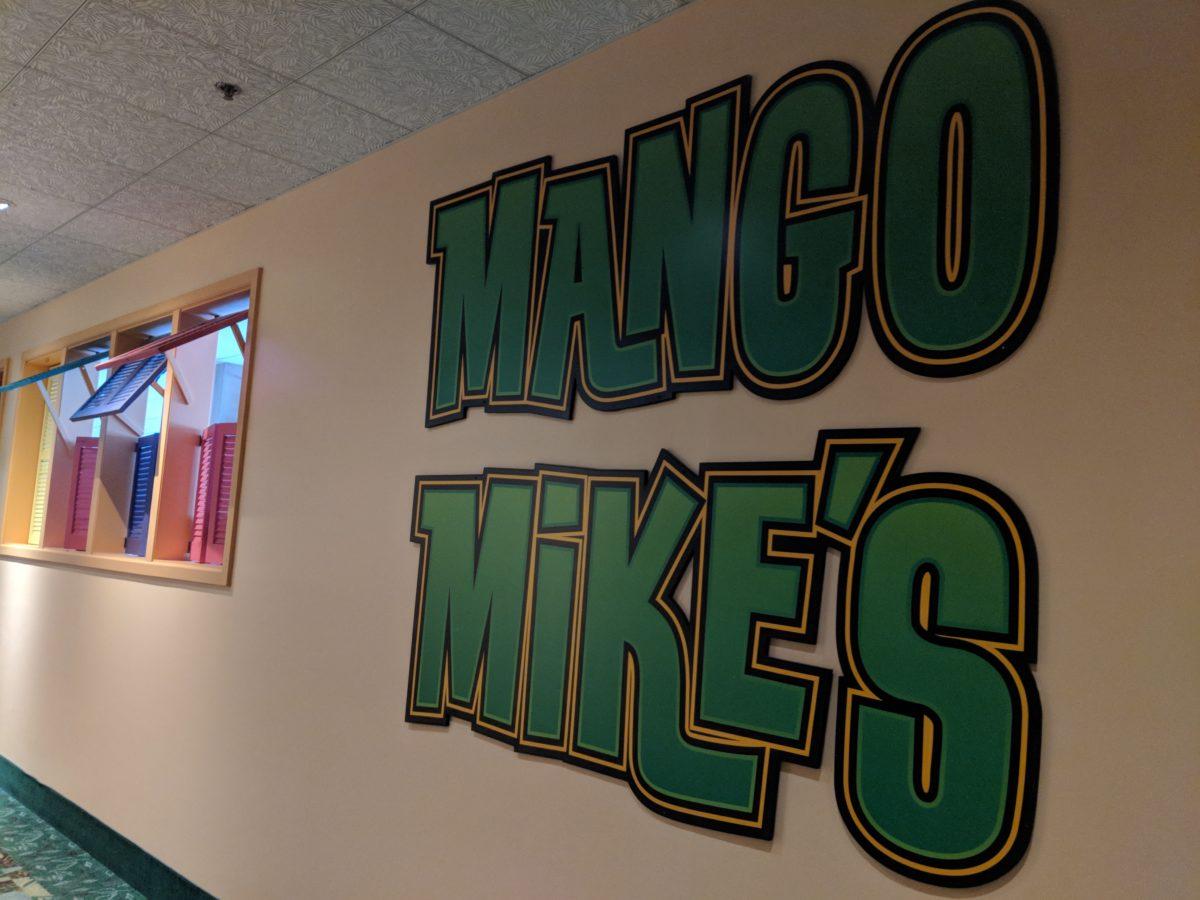 Castaway Bay's Mango Mike's offers a breakfast buffet