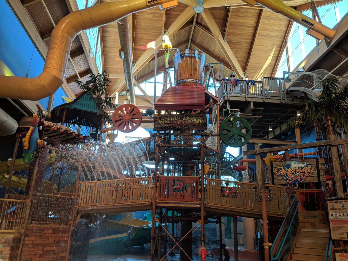 Enjoy splashing around at Castaway Bay waterpark at this official Cedar Point hotel in Sandusky OH
