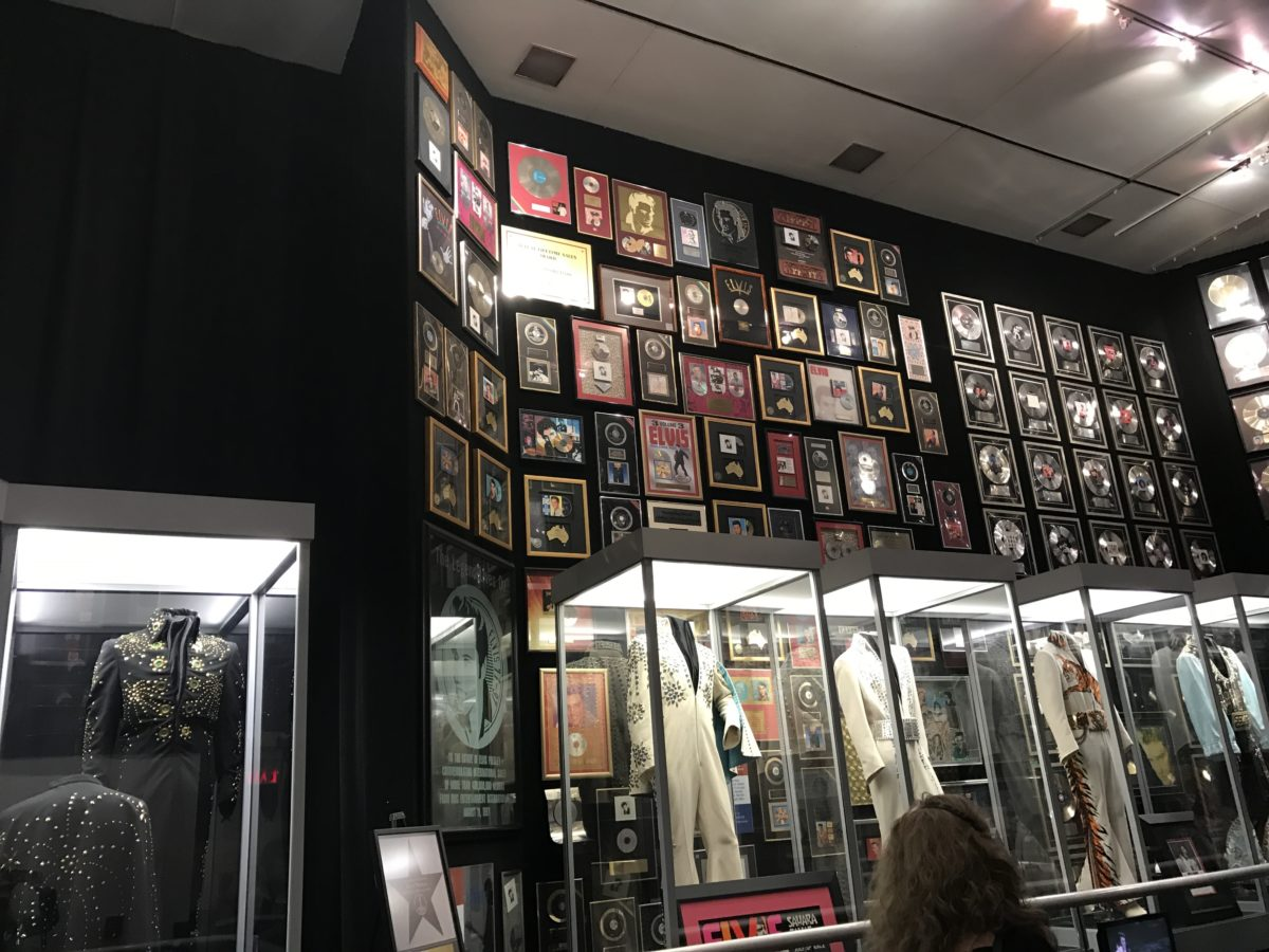 How to save money at Graceland, where you can see Elvis Presley's trophy room