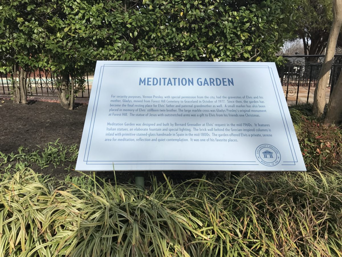Save money at Graceland in Memphis Tennessee & see Elvis's meditation garden