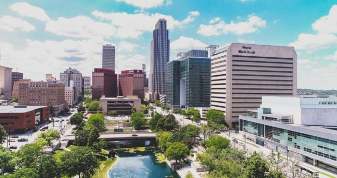 Find out the top luxury hotels in Omaha & how to get a good price for them