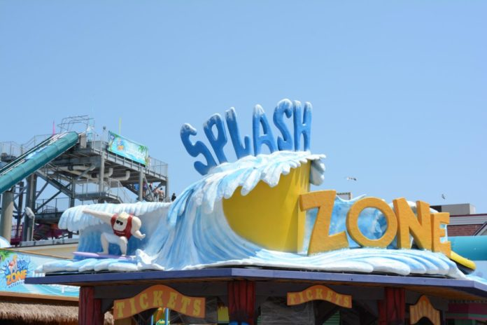 How to save money on a family vacation in Wildwood New Jersey with these Splash Zone coupons