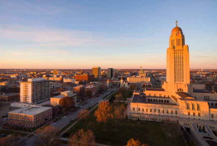 The 12 best Lincoln Nebraska hotels & how to get a good rate for them
