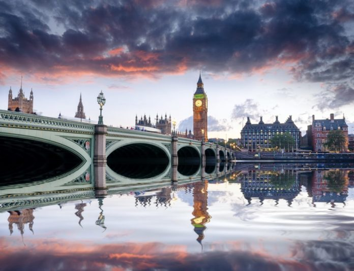 Enter Downtown Abbey Sweepstakes for a free trip to London, England
