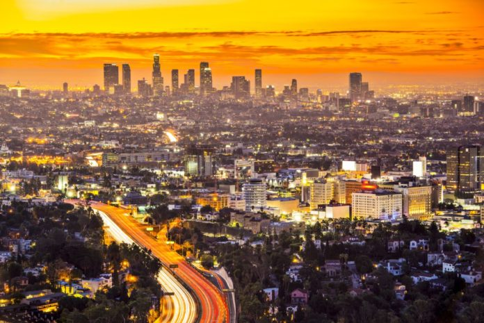 How to save money on hotels in Los Angeles, California