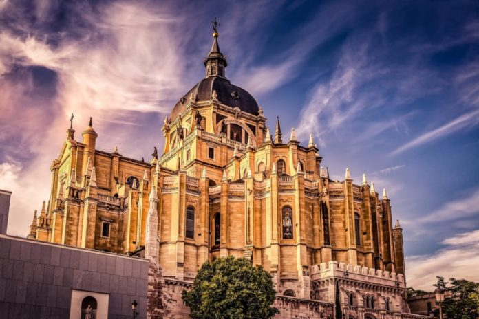 Iventure vs. Go Madrid Explorer Pass: How to save money on top Madrid Spain attractions