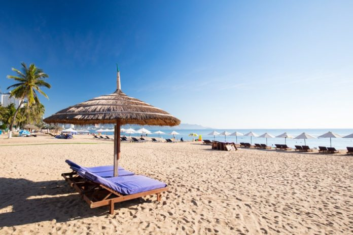 The promenade and main beach of Nha Trang. Find out what the best hotels in Nha Trang, Vietnam are.