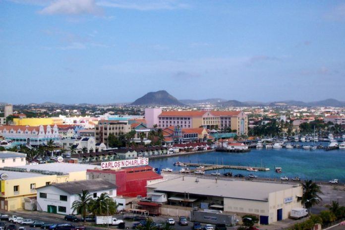 How to save money on a trip to Oranjestad Aruba with discounted hotel rates