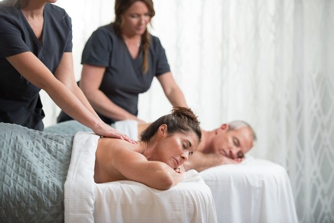 A picture of a couple enjoying a massage at the Hilton Sandestin Beach Golf Resort & Spa in Florida