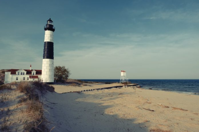 Find out what the best rated hotels are in Ludington Michigan & how to get a good deal there for a summer beach vacation