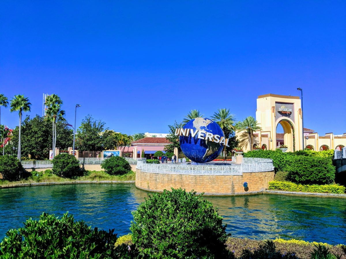 How to get free tickets to Universal Studios, Islands of Adventure & Volcano Bay in Orlando Florida plus a hotel stay and airfare