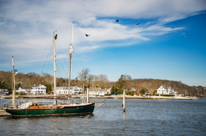 Mystic Connecticut travel advice: learn what the best hotels are there