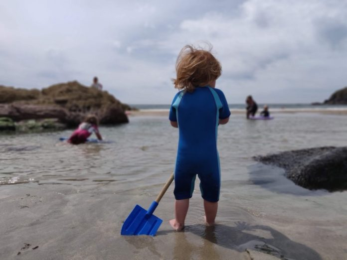 Find out how to get the lowest possible rate on the best reviewed family friendly hotels in Pembrokeshire Wales