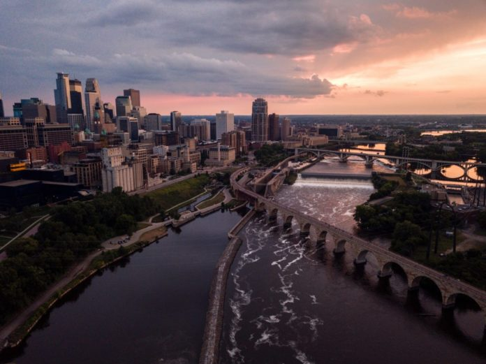 How to book Saint Paul & Minneapolis, Minnesota hotels at a discounted nightly rate