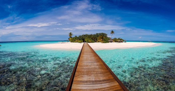 How to 7-night stay in Maldives with airfare credit provided