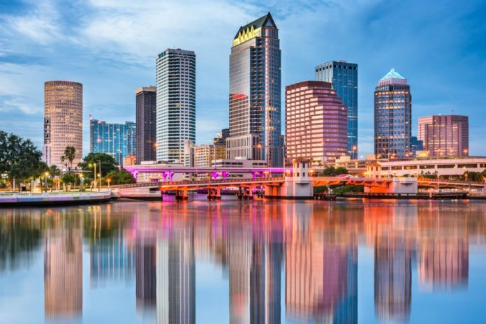 Budget travel advice. How to book a Tampa Bay, Florida hotel for less than $100/night